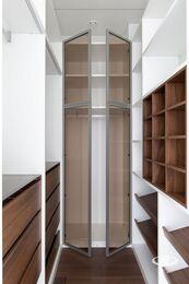 Дизайнерский ремонт апартаментов в современном стиле | Фото №27